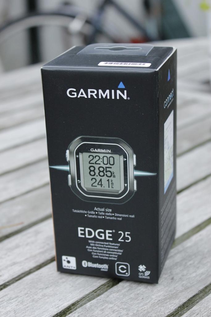 Garmin-Edge-25-01