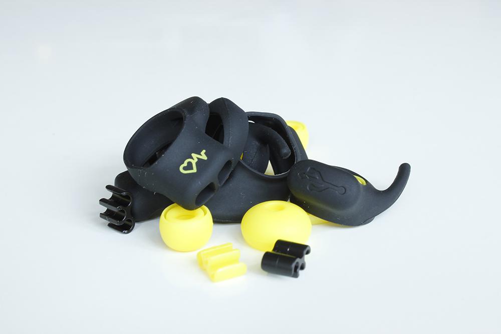 Jabra-Pulse-adjustable-ear-size
